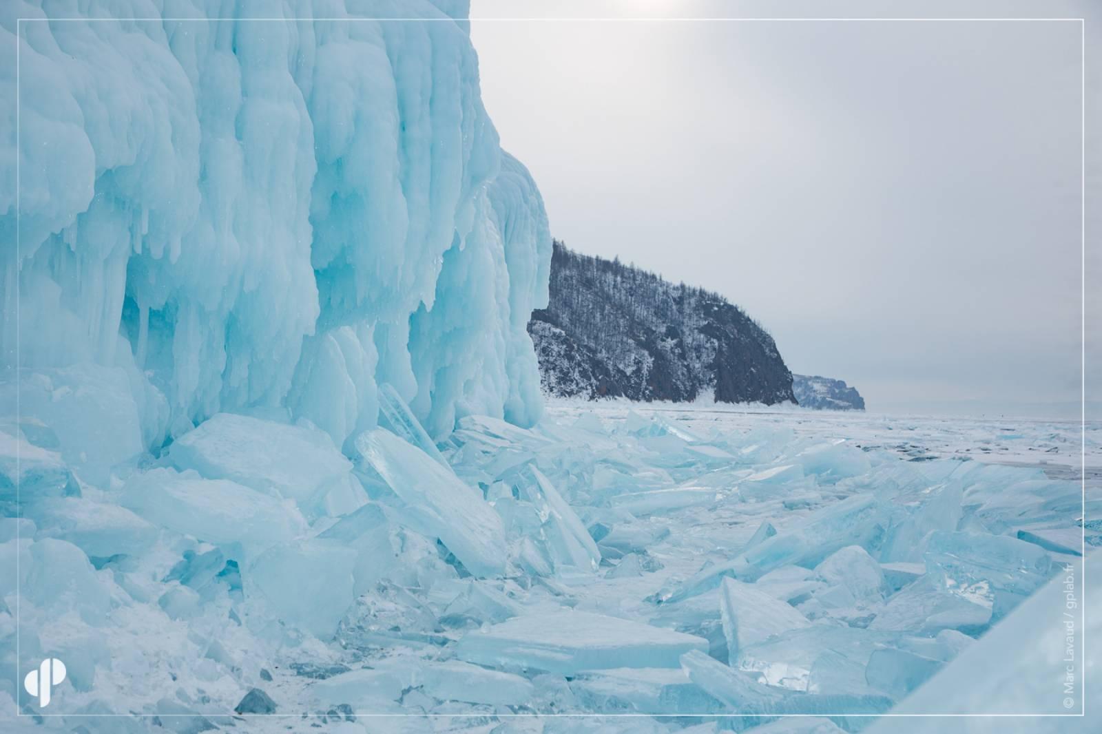 Les glaces du lac baïkal ©️ Marc Lavaud
