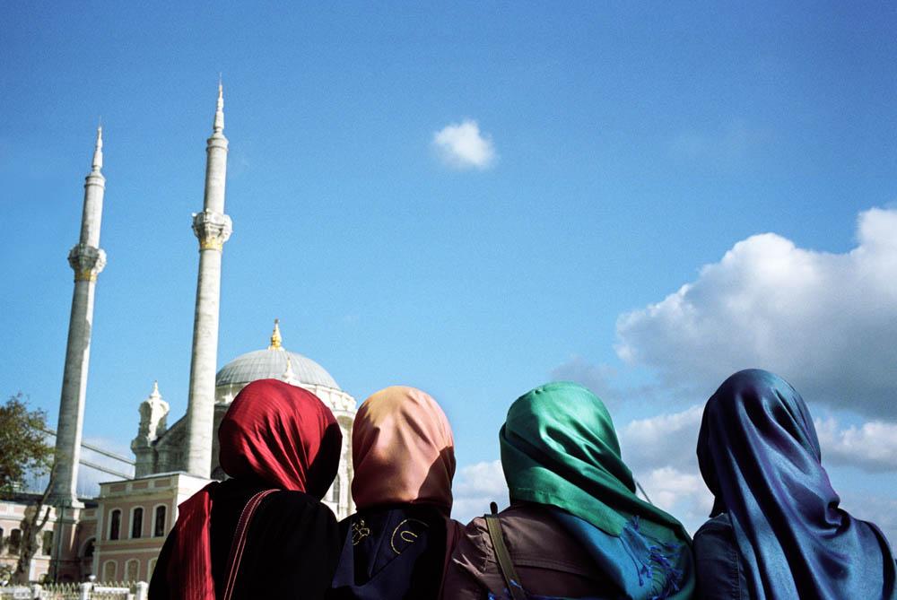Istanbul - Vers la ville, par Pierre Belhassen