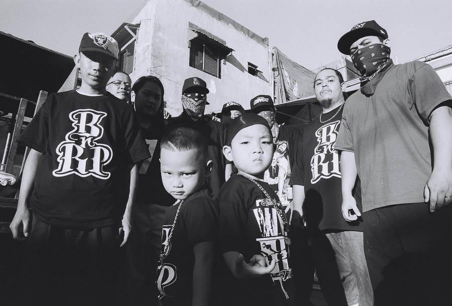 Piko Paseos photographie les gangs de Manille aux Philippines